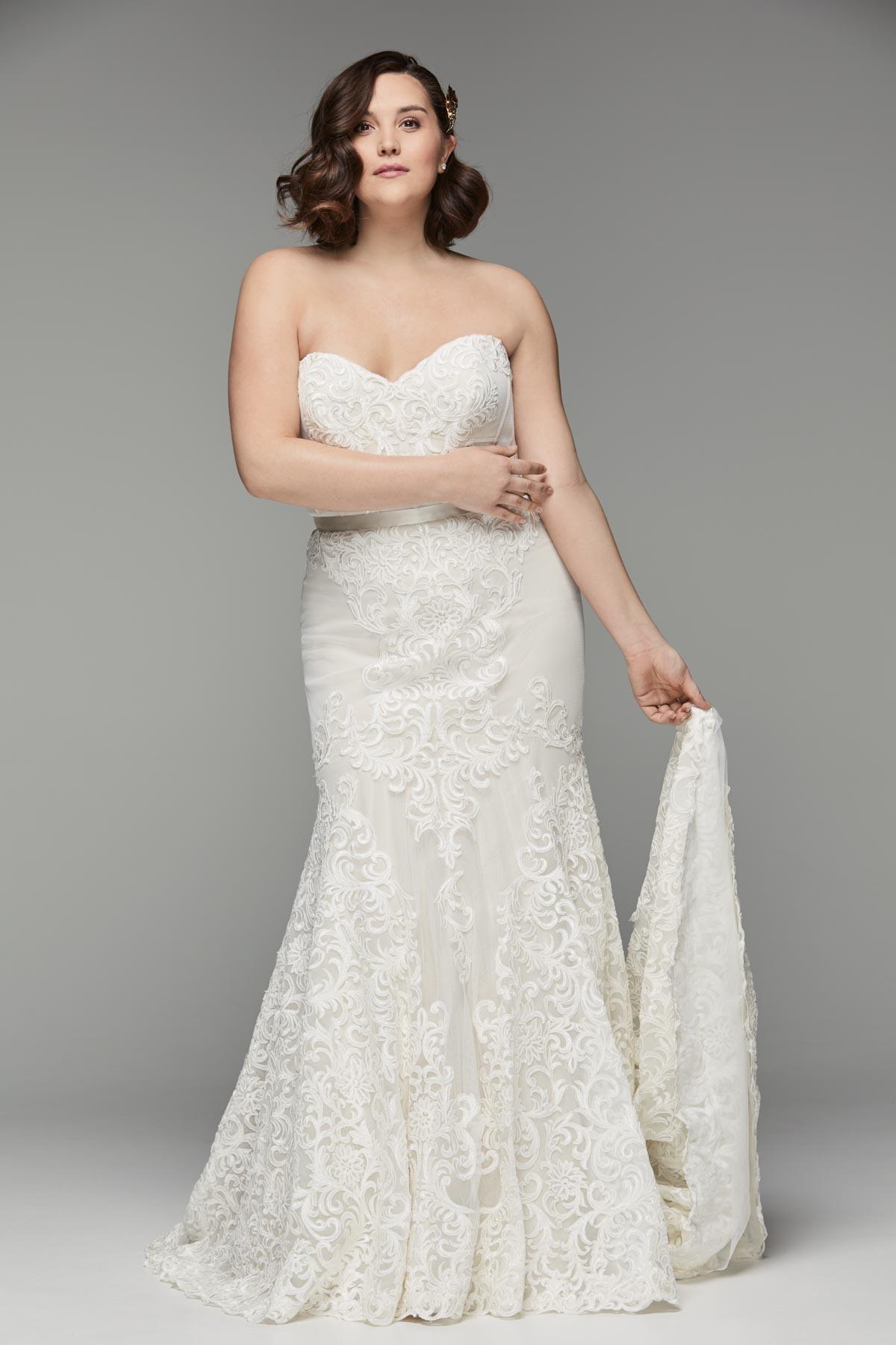 Plus-size Designer Wedding Gowns In San Diego